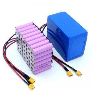 Се продава фабричка цена 18650 Батерија Мобилна ellонска литиумска батерија со голема моќност 12V